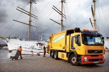 Waste being unloaded in Göteborg for transport to the Renova plant.Courtesy Lars Ardarve via Renova
